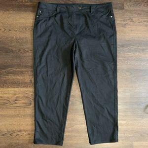 Penningtons Black Capris Pants Size 20